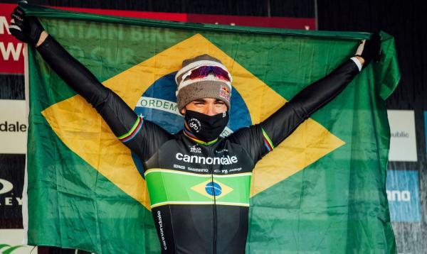 Avancini assume liderança do ranking mundial de mountain bike