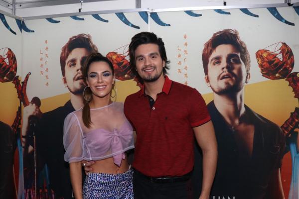Luan Santana e Jade Magalhães se separam após 12 anos de relacionamento