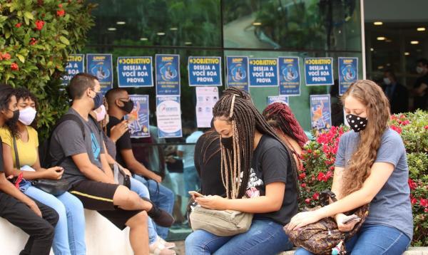 Redação do Enem tem como tema 'A falta de empatia nas relações sociais'