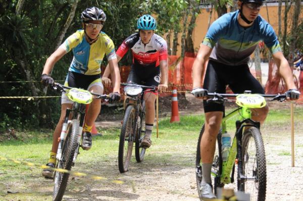 Osasquense é destaque em prova de mountain bike