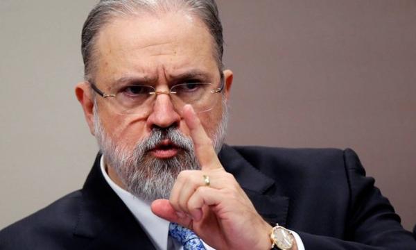 Aras apura uso da Lei de Segurança Nacional por André Mendonça contra críticos do governo Bolsonaro