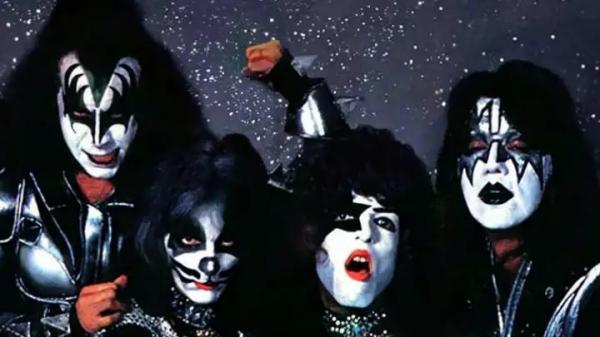 Filme biográfico do Kiss será produzido em breve, com apoio dos fundadores da banda