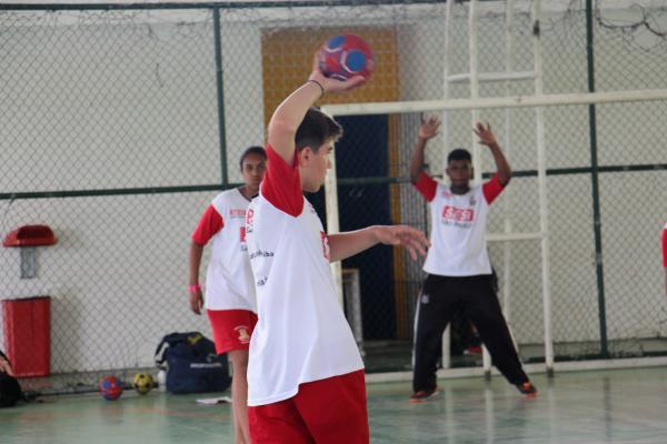 Prefeitura de Carapicuíba reabre inscrições para aulas das escolinhas de esportes
