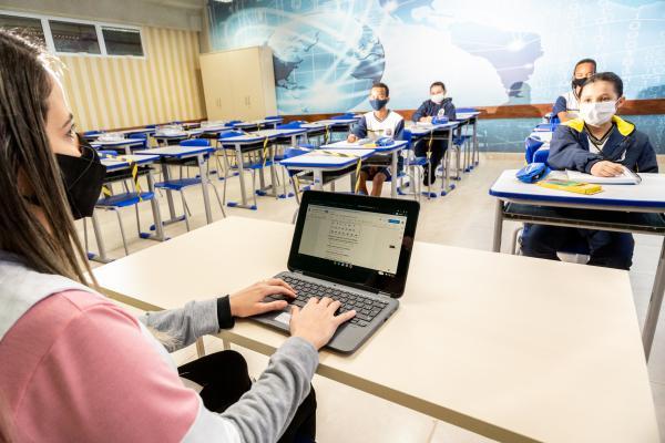 Investimentos realizados na educação parnaibana
