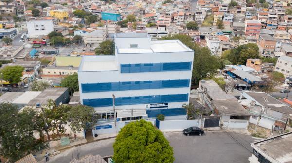 Jandira inaugura nova escola, com a presença do Ministro da Educação do Brasil