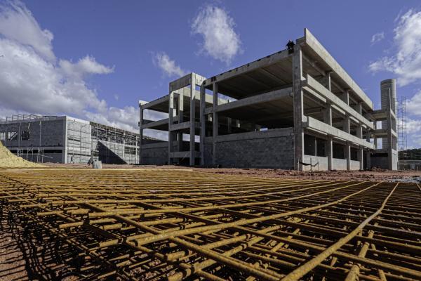 Construção da Etec já tem 42% das obras executadas