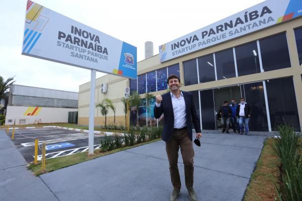 Prefeito inaugura 1º Centro de Startups público
