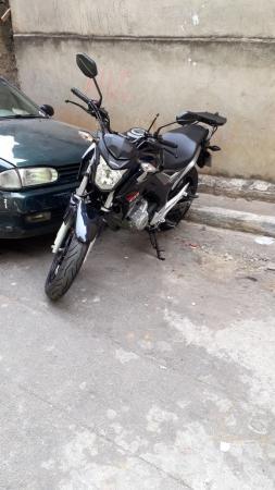 GCM recupera moto e celular roubados