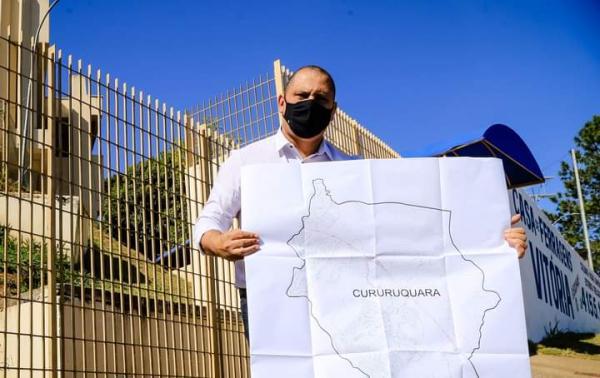 Santana de Parnaíba: Implantação de água encanada no bairro de Cururuquara