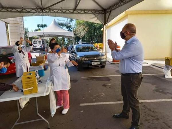 Santana de Parnaíba: Mais de 5.500 vacinados no feriado